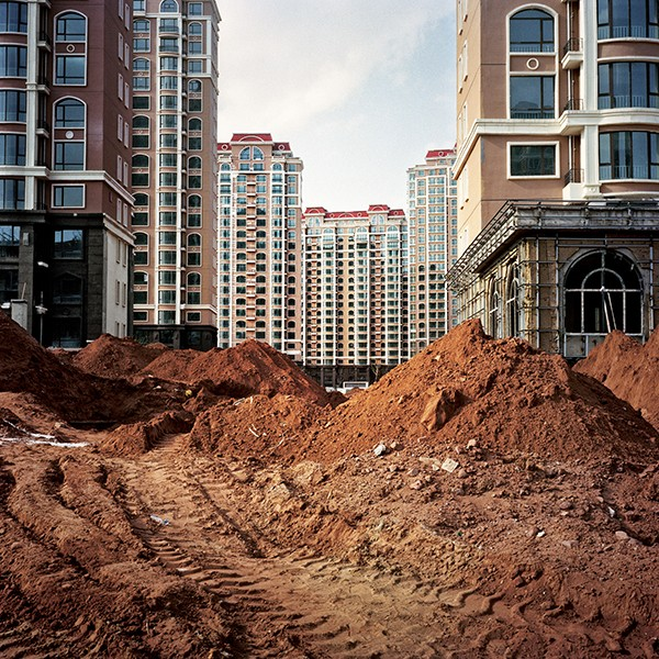 Adrien Golinelli Ordos The Stillborn City