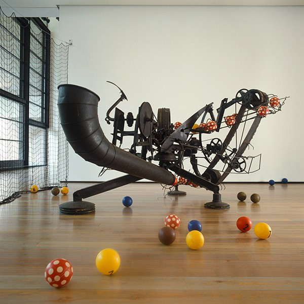 Museum Tinguely Spielobjekte Die Kunst der Möglichkeiten