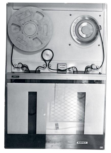 Sanne Krogh Groth Politics and Aesthetics in Electronic Music A Study of EMS – Elektronmusikstudion Stockholm, 1964-1979