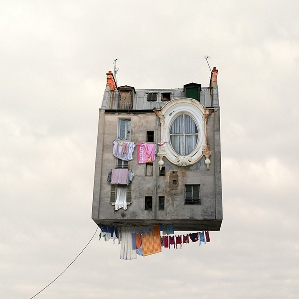Laurent Chéhère COLLECTOR'S EDITION: Flying Houses Motif »Les Bas-fonds« (2012)