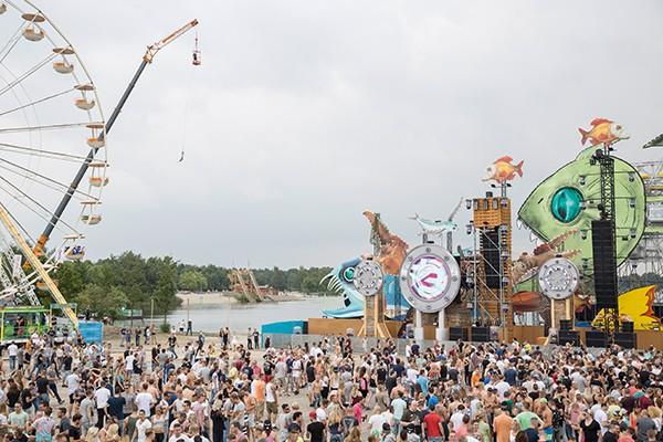 Cleo Campert Festivalland