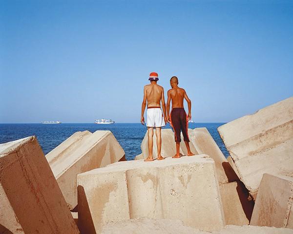 Rose Issa, Michket Krifa (Ed.) Arab Photography Now