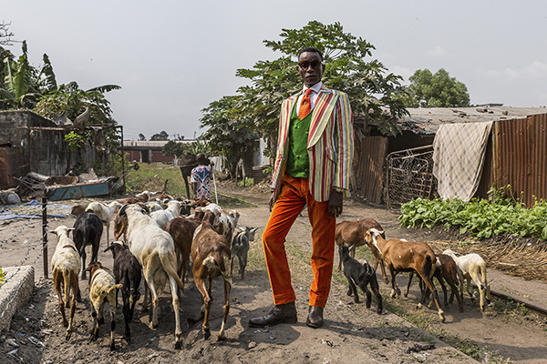 Tariq Zaidi COLLECTOR'S EDITION: Sapeurs. Ladies and Gentlemen of the Congo Motif: »Maxime« (2017)